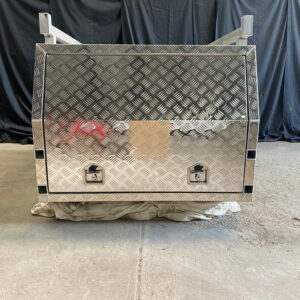 Alloy Canopy 1200 x 1770 x 860 mm Checker Plate with Roof Racks
