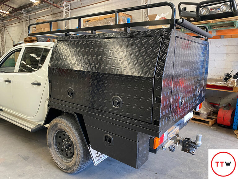 Read more about the article Tony's Ute Fit-Out