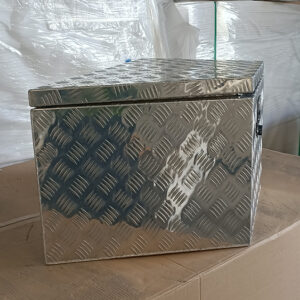 Alloy Toolbox 900 x 500 x 450 mm Checker Plate