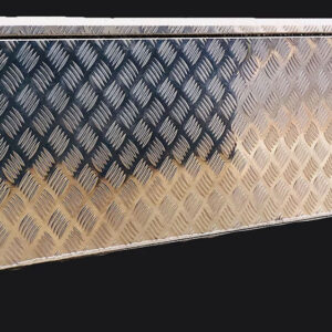 Alloy Toolbox 1200 x 500 x 500 mm Checker Plate